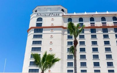 myrah seaworld 400x250 - DoubleTree by Hilton at Seaworld Orlando - Budget, Family and PET Friendly
