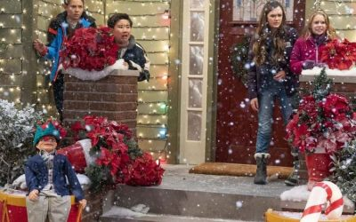 Disney Channel Coop and Cami Ask The World – Celebrates The Holidays