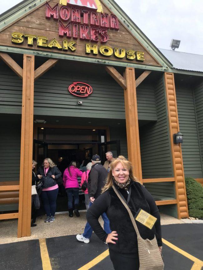 Branson IMAX Entertainment Center: Eat, Shop, Watch