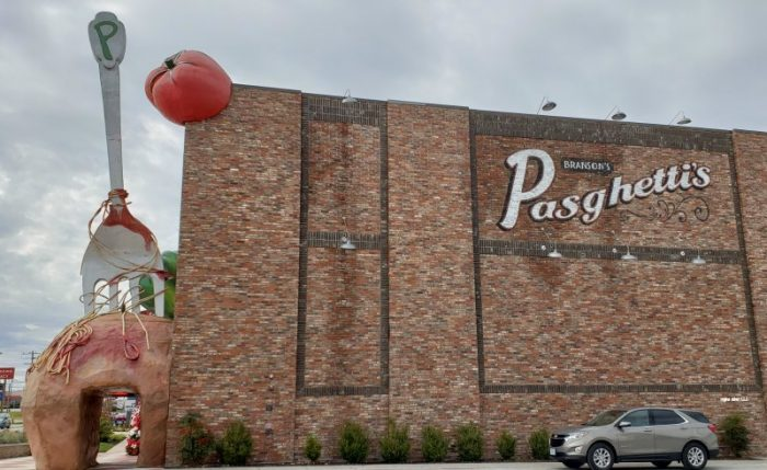 Branson's Pasghetti's Affordable Family Dining – World's Largest Fork and Meatball