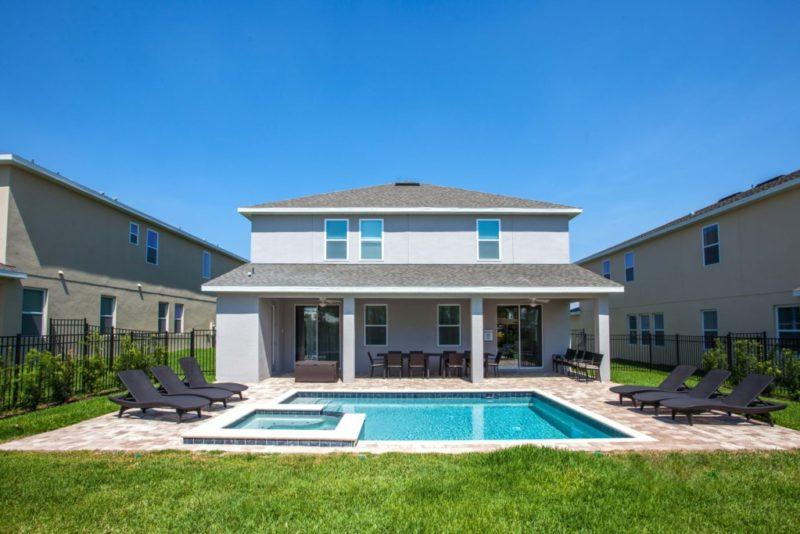 Encore Resort Kissimmee Florida pool side