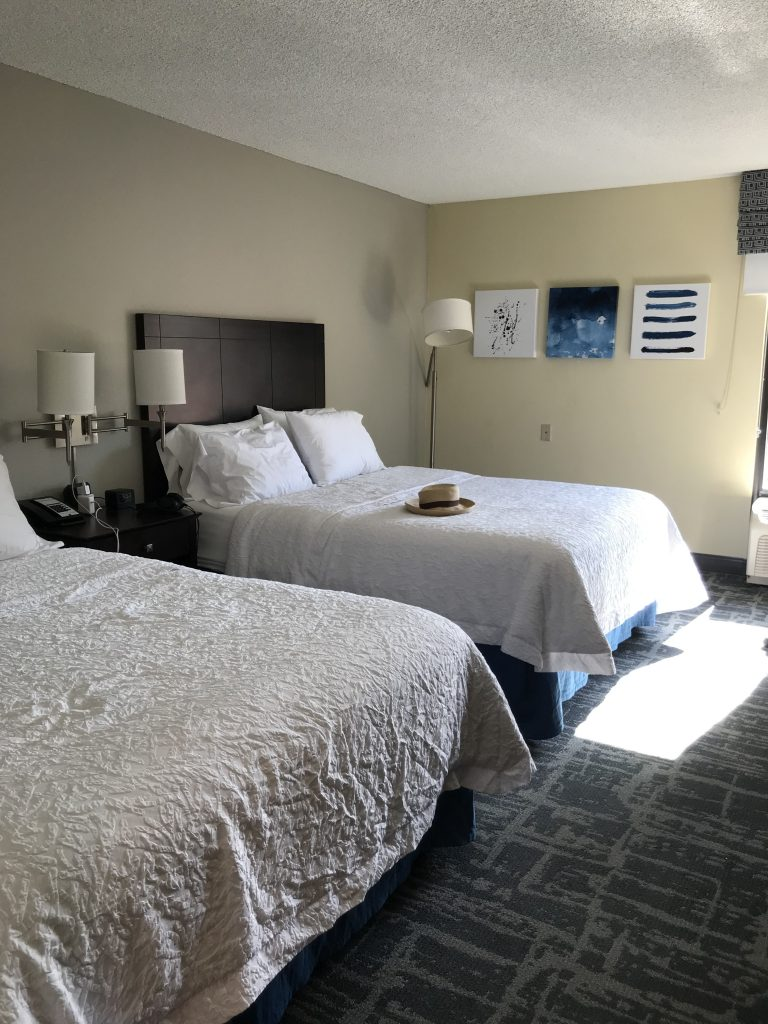 HamptonInnbeds e1566753597253 768x1024 - Hampton Inn Jacksonville Beach - An Affordable Getaway