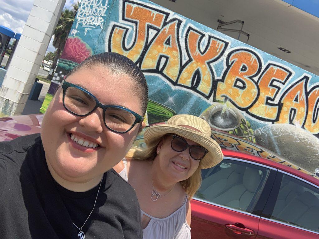 2 ladies in jacksonville florida