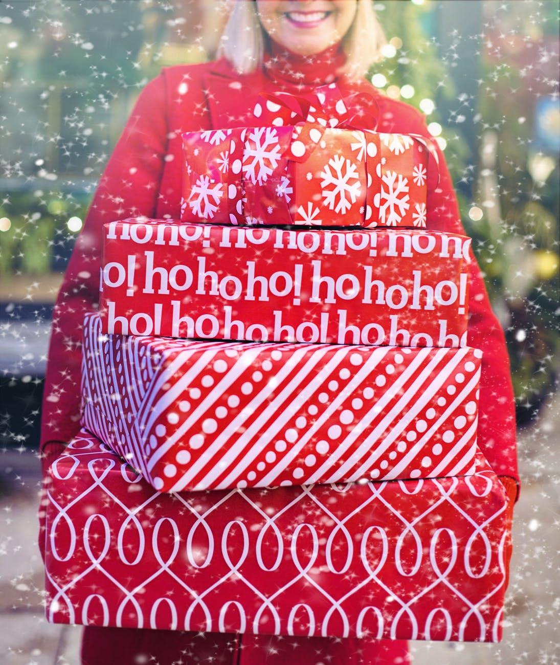 ChristmasWomenwithgifts - Merry Christmas!