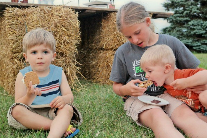 kids eating Gourmet S'mores